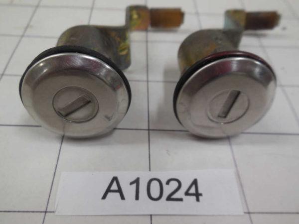 Datsun 240Z Door Locks (2)